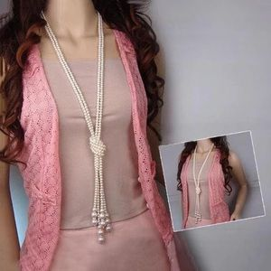 Jewelry - Pearl knotted necklace one strand